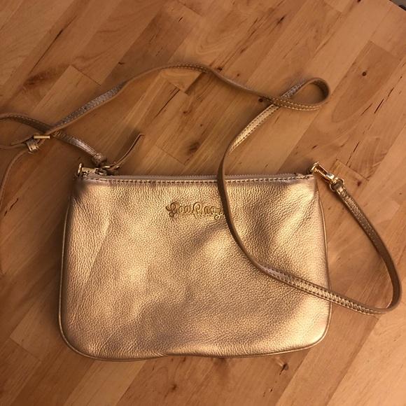 Lilly Pulitzer Handbags - Lilly Pulitzer Cruisin Leather Crossbody - Gold b0fe413ad79d8